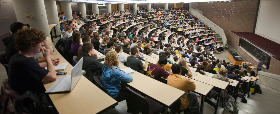 L'università è in crisi, ma può rigenerarsi col digitale: ecco come -  Agenda Digitale